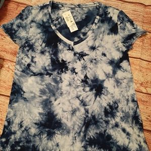NWT seriously soft perfect V neck tee